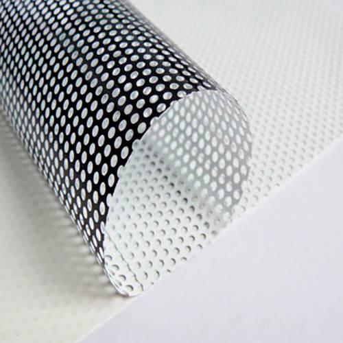 Vinilo Microperforado Base Negra 120mic 1,37mt x 50mts
